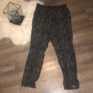 Pants - Black and White Every Day Pants- Sz M